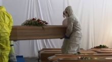 Italian cemeteries can't keep up with deaths from pandemic