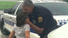 Sweet photo of police officer kissing daughter goodbye before battling Hurricane Irma goes viral