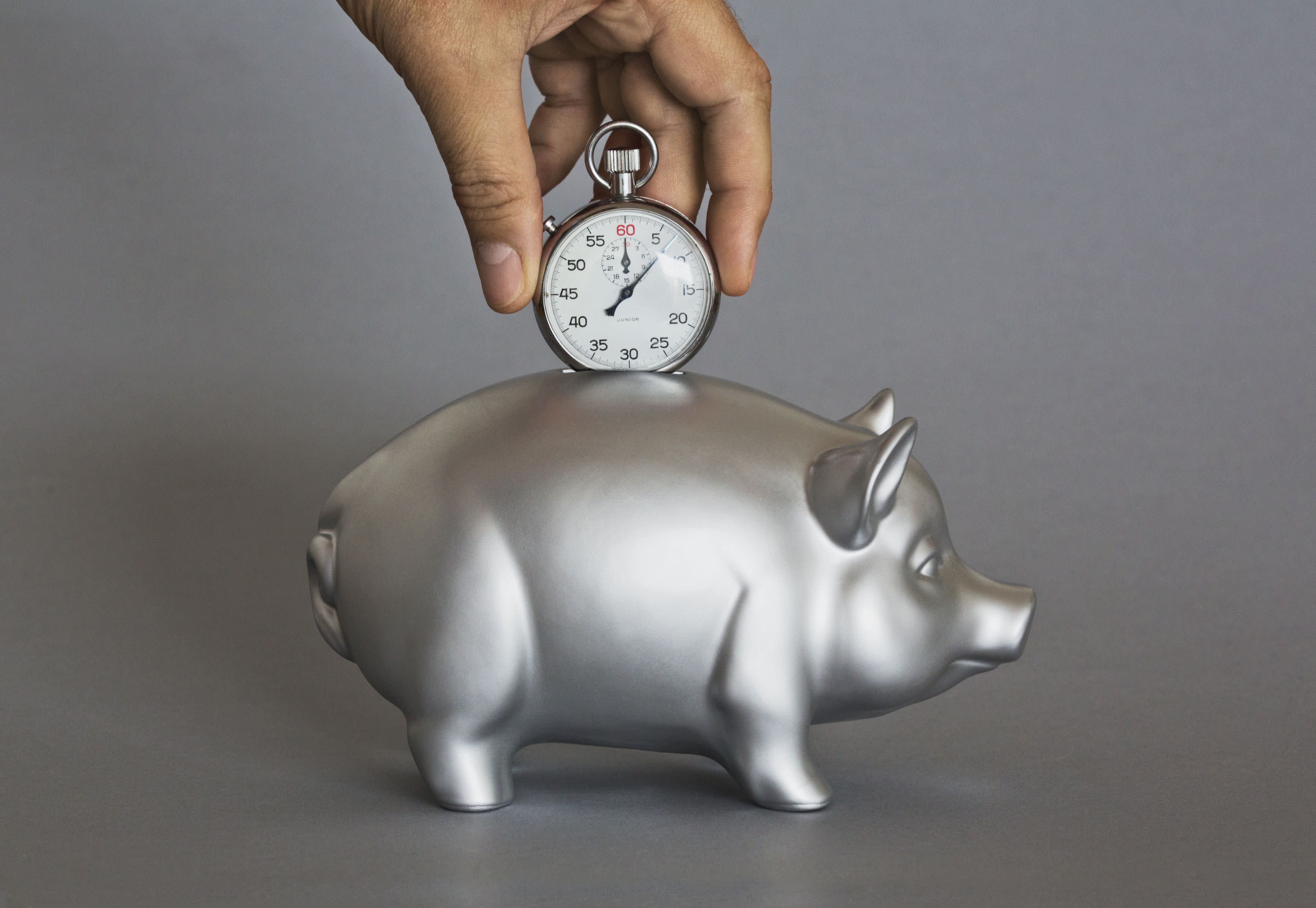 What Are the Risks of Rolling My 401(k) Into an Annuity?