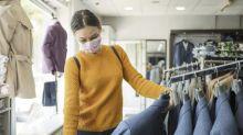 Ir de tiendas en la desescalada: ¿es seguro probarse la ropa?