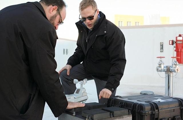 Device provides years of power through temperature swings