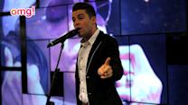 Joe McElderry sings with another music legend!