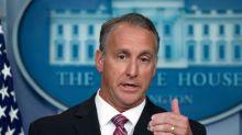 Principal autoridad inmigratoria de Trump anuncia su retiro antes de elección