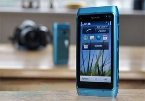 Nokia says 'very small' number of N8s aren't turning on, warranty will cover it