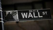 Wall St ensaia recuperação após comentário de Trump sobre China; notícias sobre impeachment pressionam