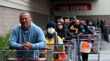 Los estadounidenses le temen al coronavirus, pero la mayoría no cambia su comportamiento