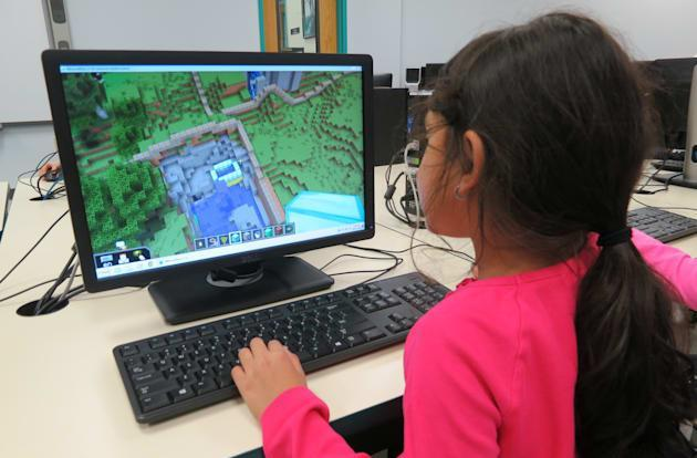 'Minecraft' might get banned in Turkey for being too violent