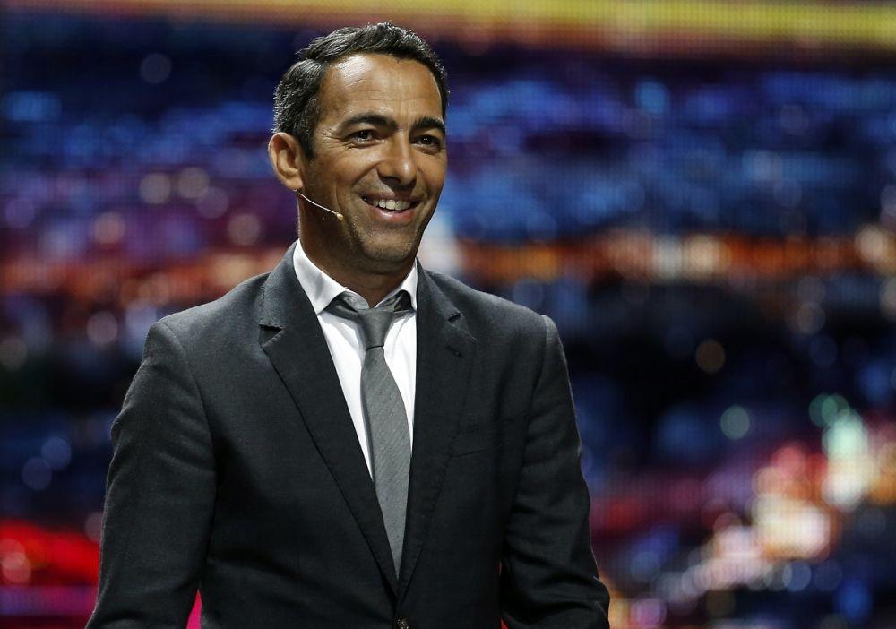PSG: Leonardo avait proposé à Djorkaeff de remplacer Kombouaré sur le banc