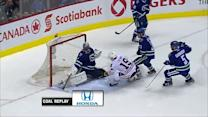 Toews puts home the rebound on Luongo