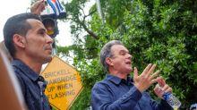 Exilio cubano defiende a dirigente al que USCIS quiere echar tras 52 años