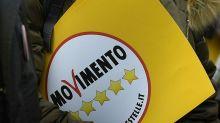 """M5S, Rousseau: """"Parlamentari non restituiscono, stop ad alcuni servizi"""""""