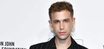 Tommy Dorfman sigue los pasos de Elliot Page y revela que es una mujer trans