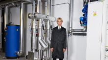 Prada dévoile en ligne la dernière collection de Miuccia Prada en cavalier seul