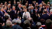 Grand débat : comment Macron tente de tuer Jupiter