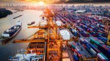 Guerra commerciale e dati finanziari in picchiata