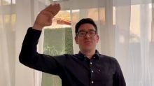 Após briga com Frias, Marcelo Adnet anuncia fim do 'Sinta-se Em Casa'