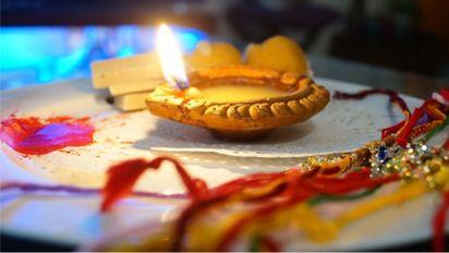 6 financial gifts for your sister this Raksha Bandhan