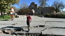 New Italy quake sows terror, flattens historic church