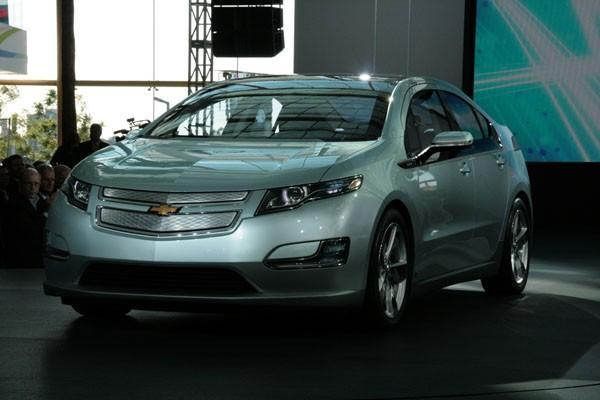 GM's Chevy Volt finally really unveiled, for real