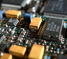 Is Microchip Technology Incorporated's (NASDAQ:MCHP) CEO Overpaid Relative To Its Peers?