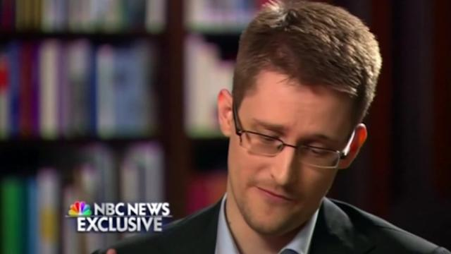 Snowden: 'no relationship' with Russian government