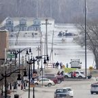 Historic flooding in Midwest kills at least 3