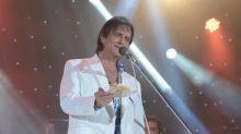 Roberto Carlos se divertiu muito com novo programa de Tom Cavalcante na TV