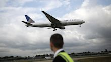 United Air Boosts Profit View Again as Travel Demand Sizzles