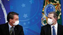 Bolsonaro almoça com Toffoli, Guedes e mais seis ministros