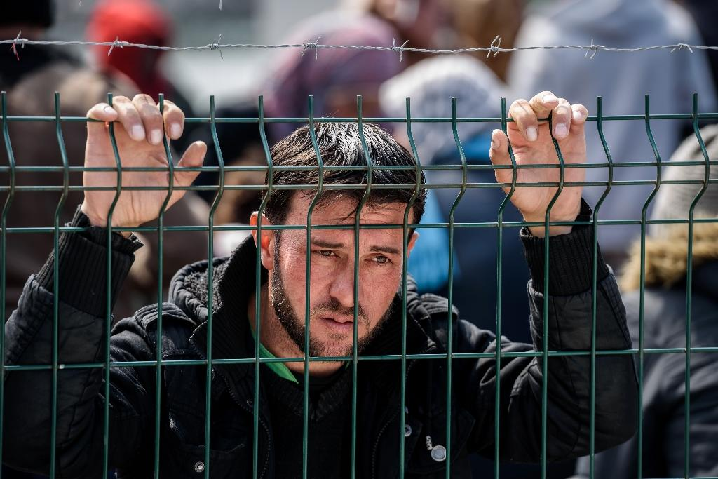 More than one million migrants -- about half of them Syrians -- reached Europe via the Mediterranean in 2015 (AFP Photo/Ozan Kose)