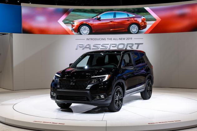 Honda recalls 608,000 minivans and SUVs over faulty software