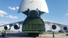 El avión con equipos médicos que Rusia mandó a EEUU para ayudar en la lucha contra la COVID-19