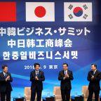 "Japan and South Korea Need a ""Nixon Goes to China Moment"""