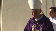 Giovanni D'Ercole, vescovo di Ascoli Piceno, si dimette e va in monastero