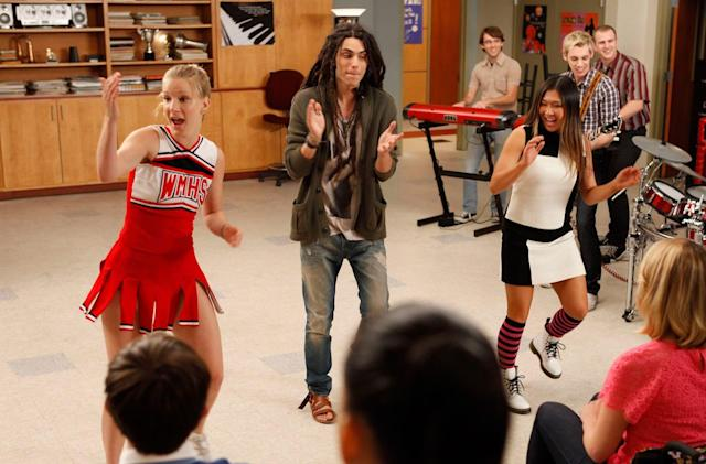 Stream 'Glee,' 'NYPD Blue' and older Fox shows on Hulu