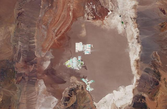EV batteries are born in Chilean evaporation ponds