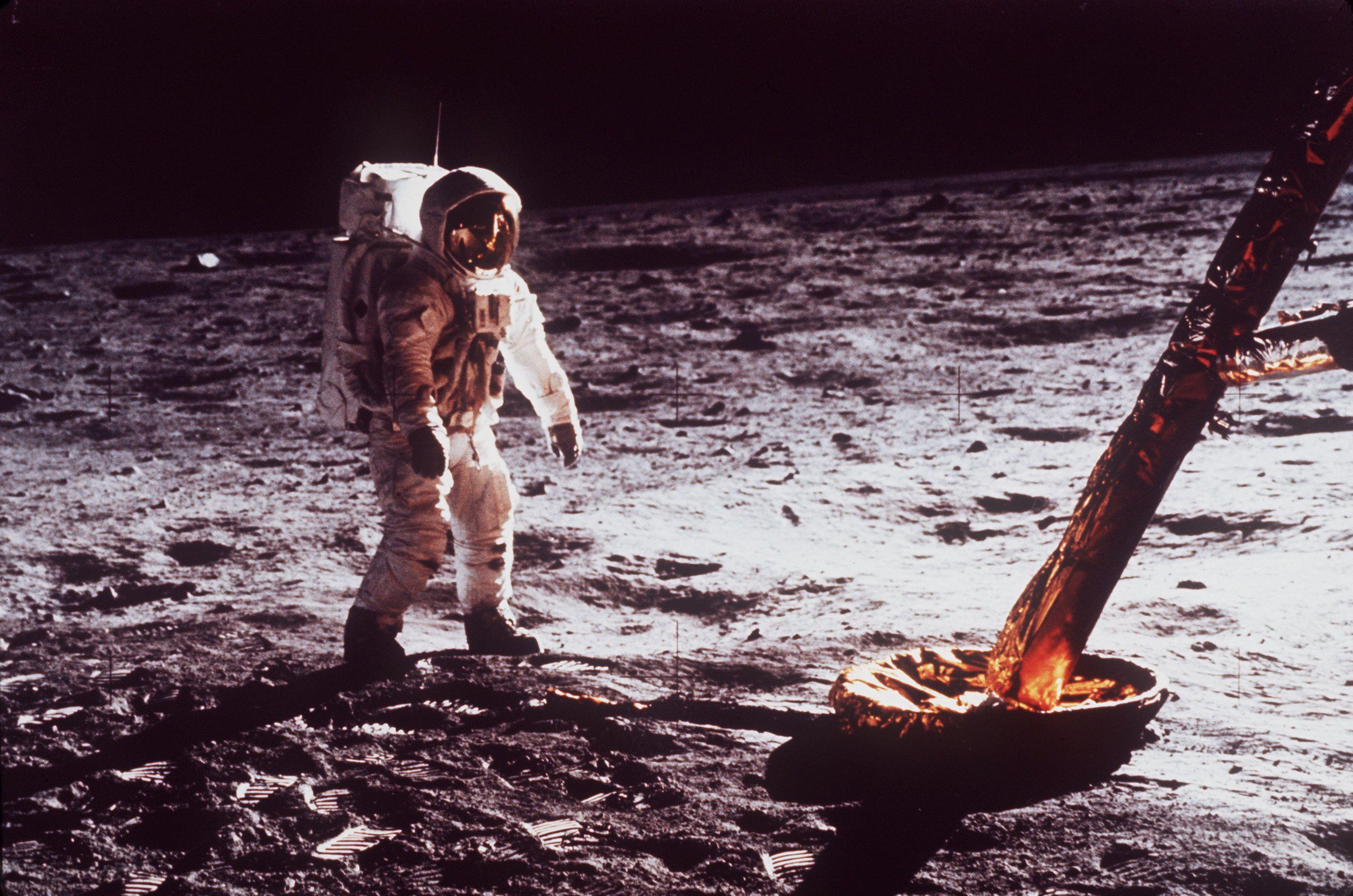 the moon landing - HD 2874×1904