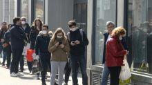"""Virus: quinze jours """"difficiles"""" en France, accélération des transferts de malades"""