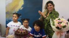 Dani Souza quebra quarentena para organizar aniversário das filhas