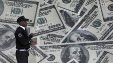 Supported By Yields, Dollar Hovers Near Five-month Highs