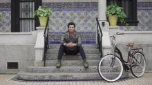 Carlos Vives presenta el video de su nueva canción, 'Mañana', que lleva una especial dedicatoria