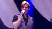 Carlos Baute anima a sus fans a donar medicamentos para Venezuela en su próximo concierto