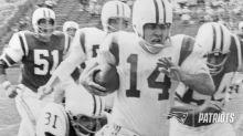 Former Patriots P/QB Tom Yewcic Passed Away