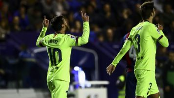 Magnificent Messi does it all in 5-0 win over Levante