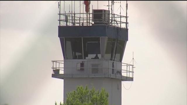Two Tampa Bay area airport towers scheduled for closure in April due to federal sequester