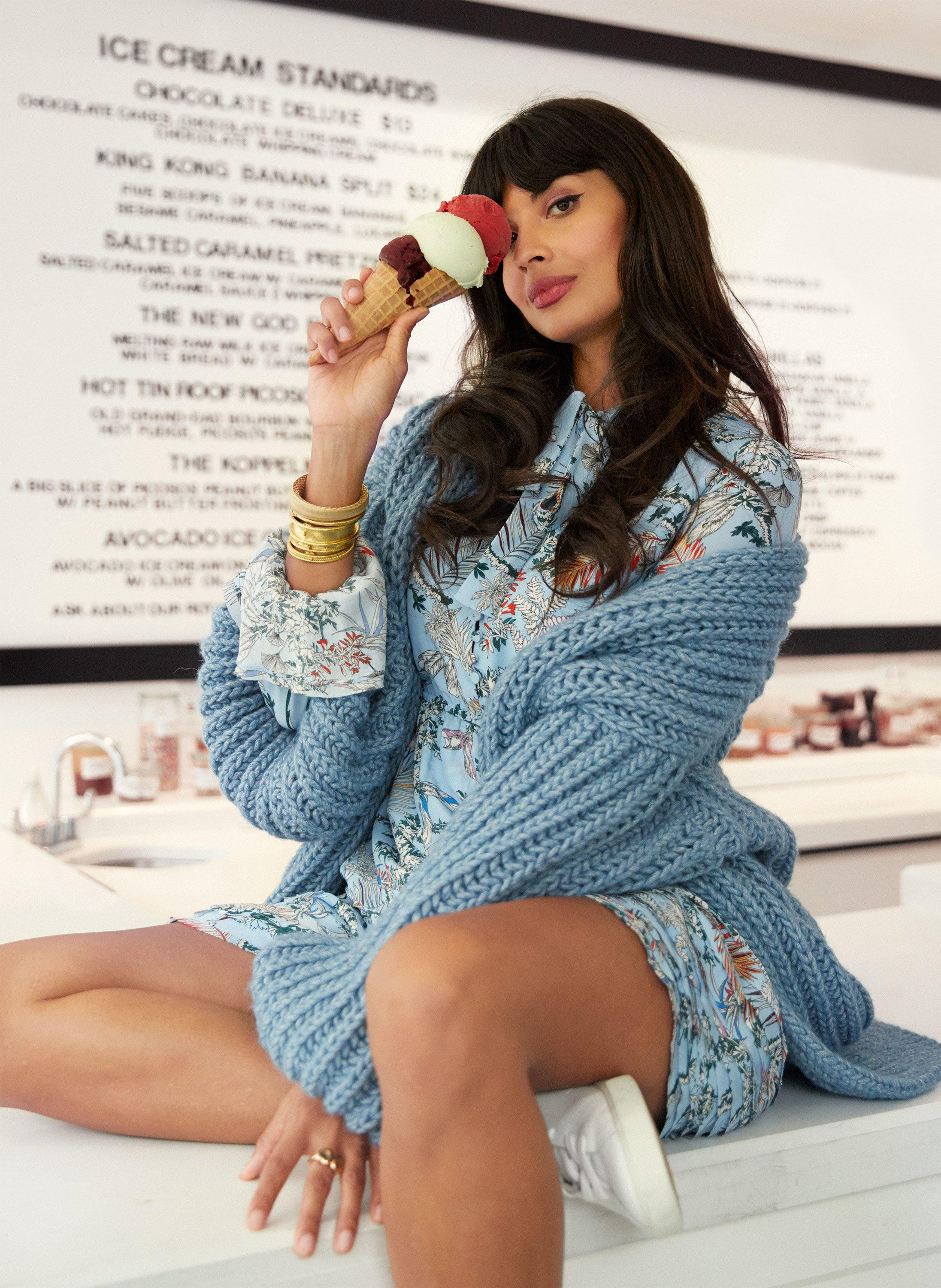 43eeb3775f89e How Jameela Jamil Became One of the Loudest — And Strongest — Voices ...