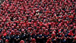 Thousands of Indonesian workers protest against tax amnesty