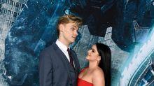 Ariel Winter slams internet for assuming she got engaged: 'Just...nope'