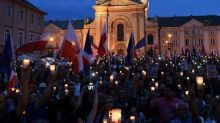 Candlelight protest against changes to Poland's judiciary