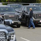 Automakers Laud Resilience of U.S. Consumers Buoying Sales